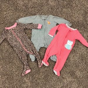 Three zippered footed pajamas size 3-6 months